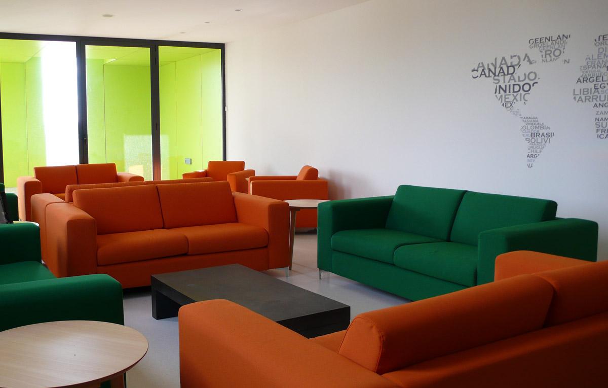 Colegio irabia mobiliario de oficina en bilbao for Mobiliario de oficina bilbao