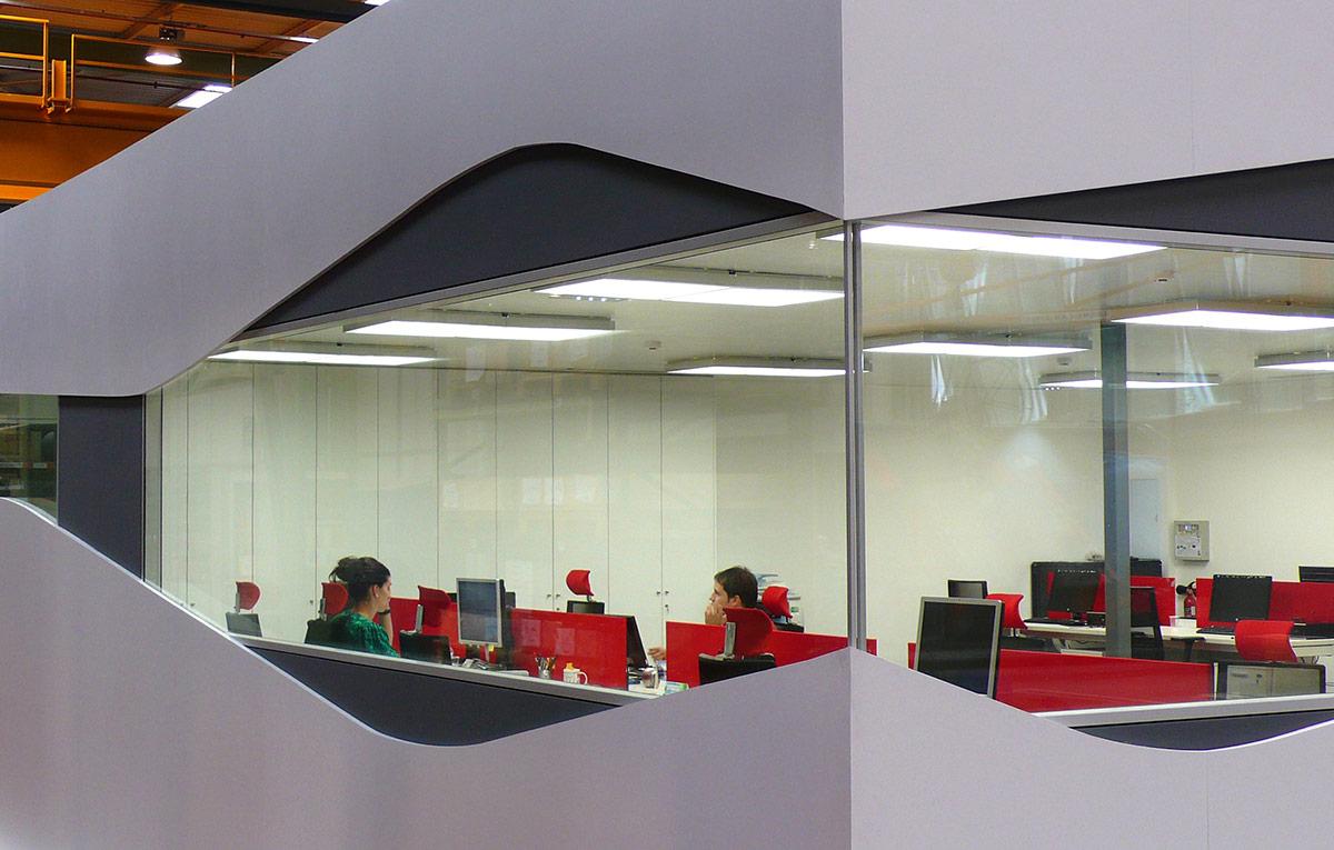 Proyectos mobiliario de oficina en bilbao proyectos e for Mobiliario de oficina bilbao