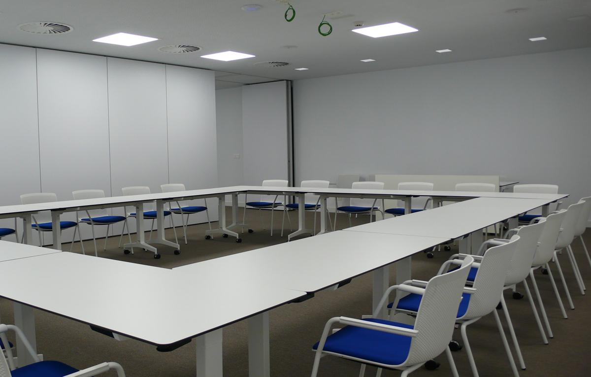 Sindicato de enfermer a satse mobiliario de oficina en for Material de oficina bilbao