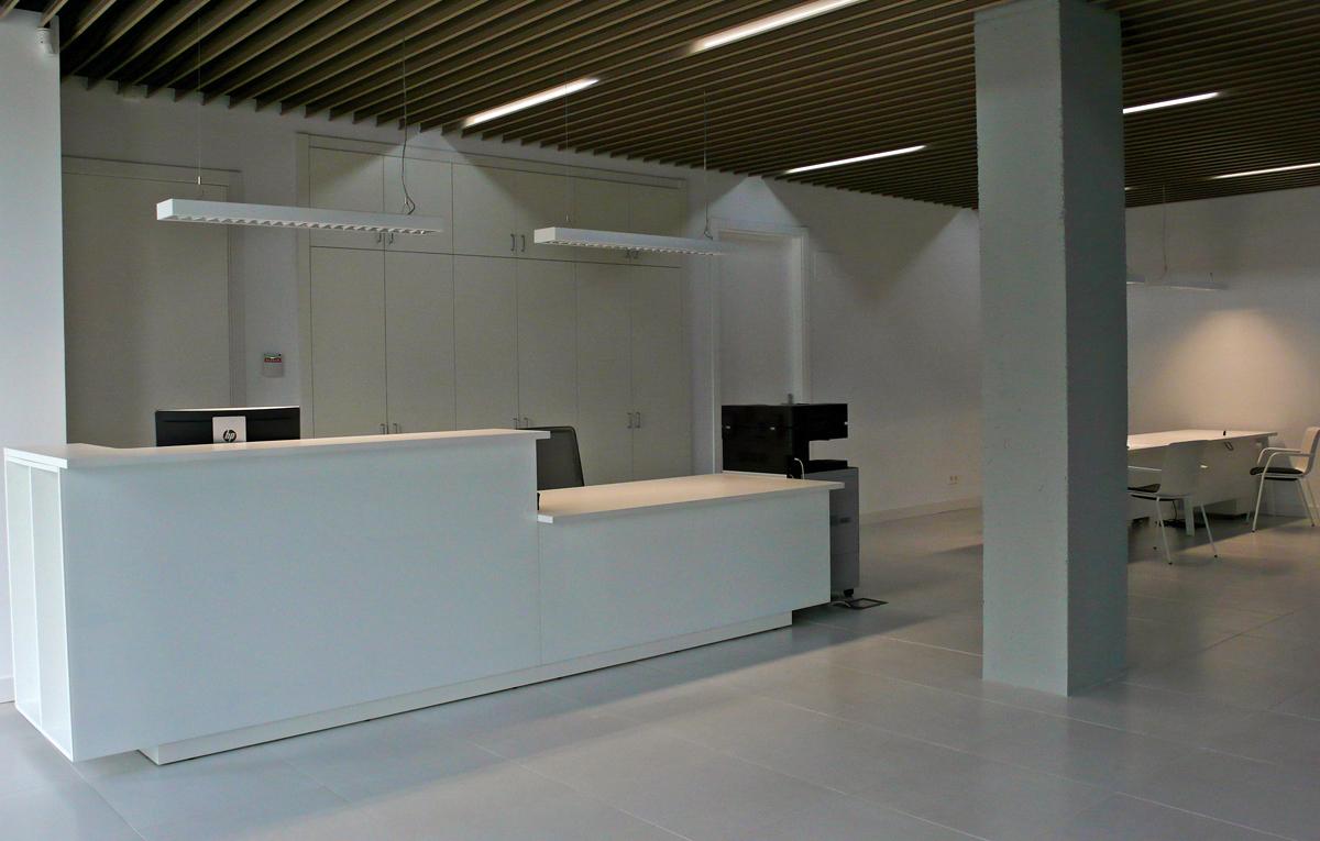 Mobiliario de oficina en bilbao proyectos e interiorismo for Interiorismo oficinas