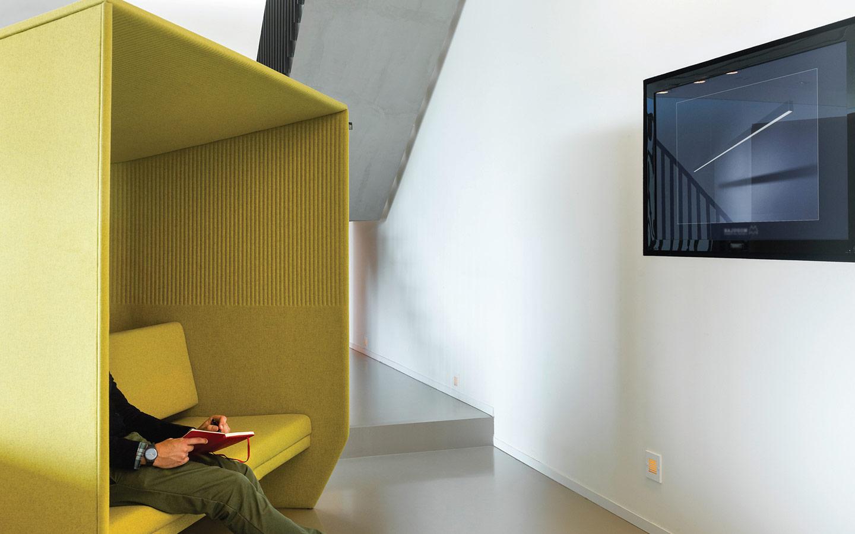 icaza-bilbaooficinas-mobiliario-interiorismo-materiales-blog-buzzispace-acústica-2