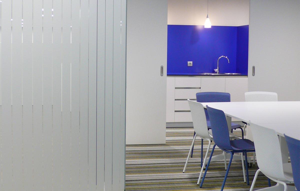 Materiales tecnicos mobiliario de oficina en bilbao for Mobiliario de oficina bilbao